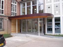 Complete new entrance for theological facilitiy in Belgium